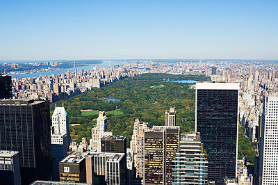 High view of Central Park and Upper Manhattan, New York City, New York, United States of America, North America - p8710700 by Amanda Hall