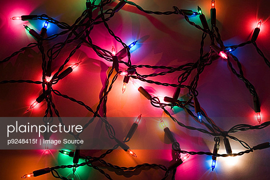 Coloured lights - p9248415f by Image Source
