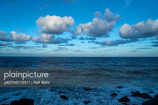 La Palma, Atlantic ocean - p427m2110317 by Ralf Mohr
