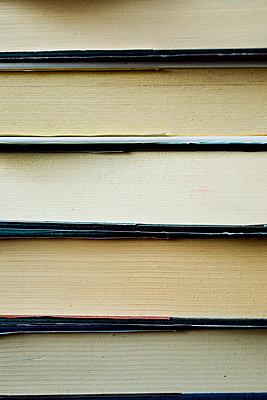 Books - p4130031 by Tuomas Marttila