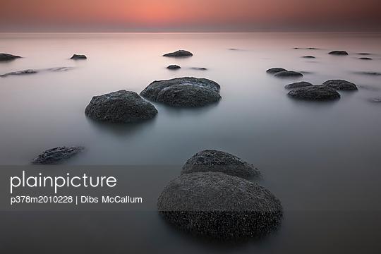 p378m2010228 von Dibs McCallum