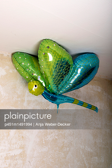 p451m1491994 by Anja Weber-Decker