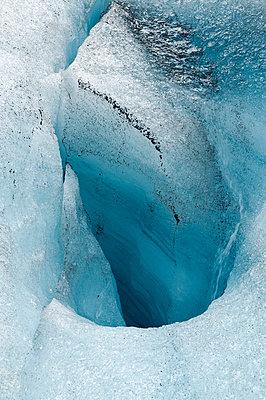 Gletscherspalte - p470m1539056 von Ingrid Michel