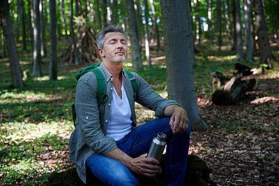 LIfestyle, Bestager, man, germany, nrw, königswinter - p300m2290514 von Jo Kirchherr