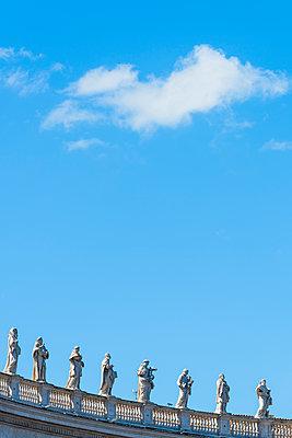 Statuen - p488m1445962 von Bias