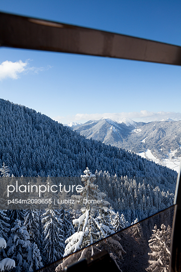 With a view to the Alps - p454m2099655 by Lubitz + Dorner