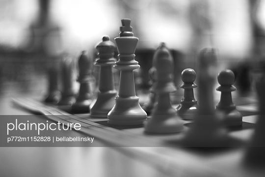 Schachspiel - p772m1152828 von bellabellinsky