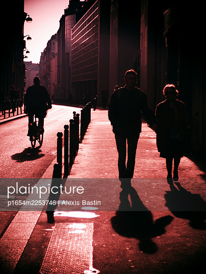 Paris, Street scene, Bastille District - p1654m2253746 by Alexis Bastin