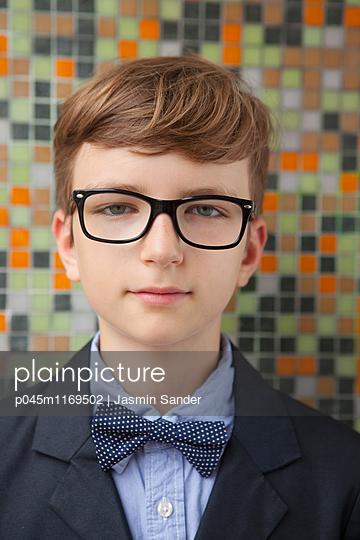 Intelligenter Junge - p045m1169502 von Jasmin Sander