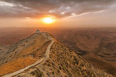 Iran, Golestan Province, Gonbad-e Kavous, Khalid Nabi - p300m2029087 von Fabian Pitzer