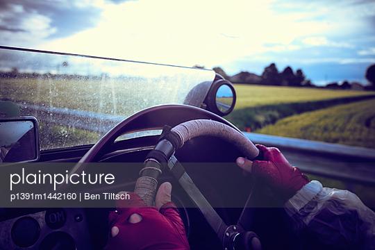 p1391m1442160 by Ben Tiltsch