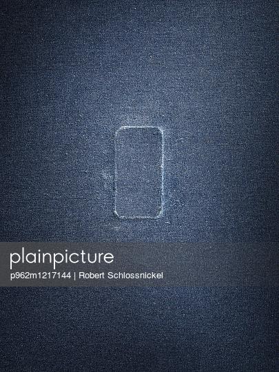 Smartphone Abdruck - p962m1217144 von Robert Schlossnickel