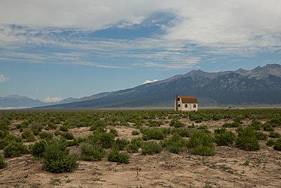 Little House on the Prairie - p1291m1116092 by Marcus Bastel