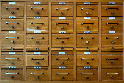 Library index card cabinet - p1418m2272501 by Jan Håkan Dahlström