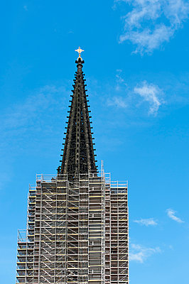 Steeple with scaffolding - p229m907563 by Martin Langer