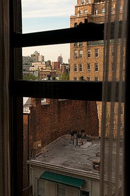 Hotelzimmer in New York - p470m1165107 von Ingrid Michel