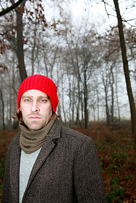 Man with a red hat - p902m856574 by Mölleken