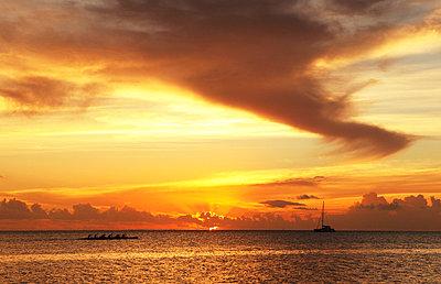 Sonnenuntergang - p045m668540 von Jasmin Sander