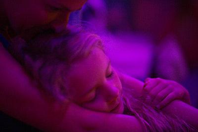 Mutter und Tochter - p1308m2222781 von felice douglas