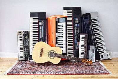 Keyboards - p464m668746 by Elektrons 08