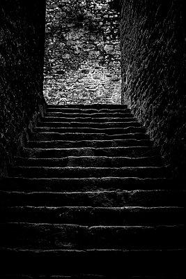 Steile Gasse - p248m1515247 von BY