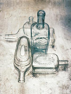 Glasflaschen - p1259m1065892 von J.-P. Westermann