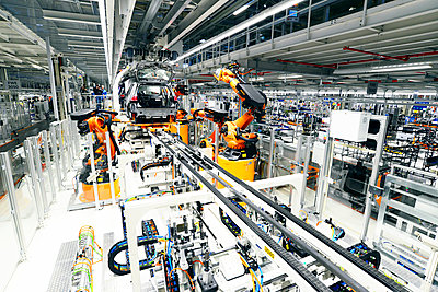 Production of VW cars in a factory - p300m2219603 by lyzs