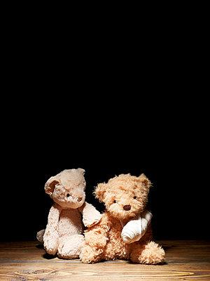 Verletzter Teddy - p5840796 von ballyscanlon