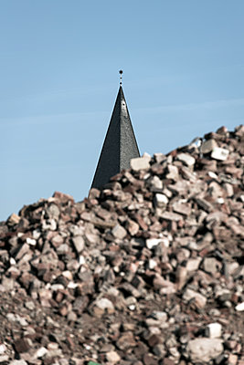Kirchturm - p220m1220728 von Kai Jabs