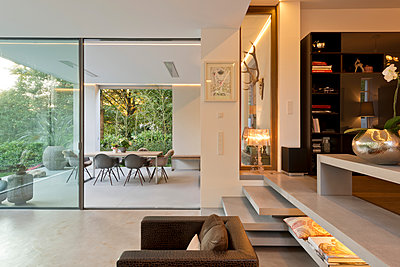 Villa - p1119m1064512 von O. Mahlstedt