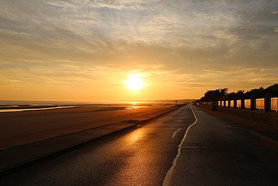 Sunrise on Omaha Beach, Normandy - p1289m2173578 by Elisabeth Blanchet