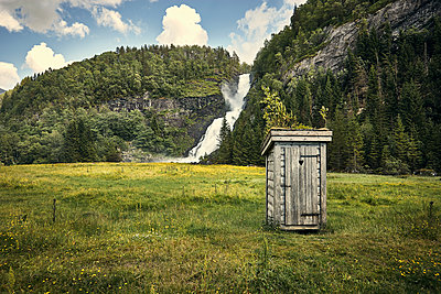 Spray - p1200m1071915 by Carsten Görling
