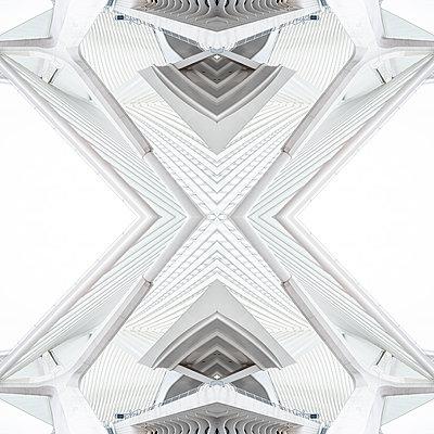 Abstract kaleidoscope pattern Liège-Guillemins station in Liège - p401m2209321 by Frank Baquet