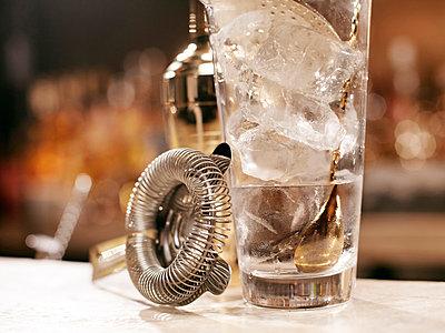 Cocktail making tools on bar - p429m662216f by Egill Bjarki
