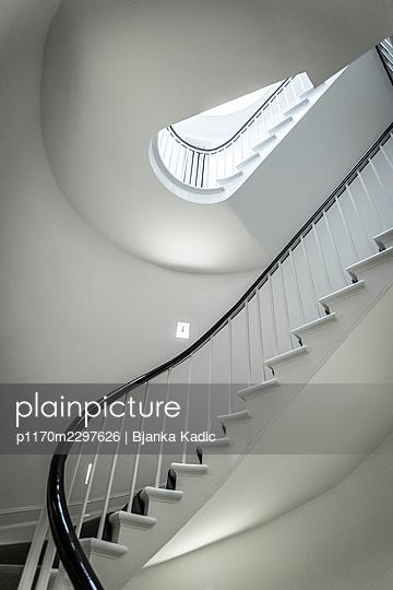 Stairwell - p1170m2297626 by Bjanka Kadic