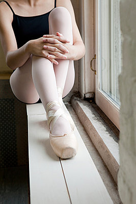 Ballerina - p9245514f by Image Source