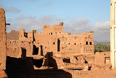Kasbah in Quarzazate in Marokko - p3170215 von Nina Steul