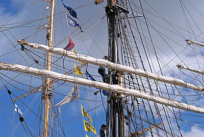 Sailing ship - p3227059 by Sari Poijärvi