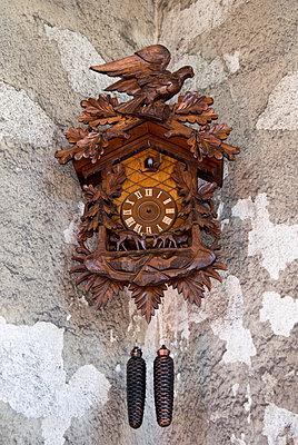 Kuckucksuhr - p451m1065842 von Anja Weber-Decker