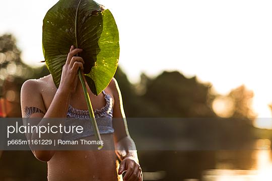 Schatten - p665m1161229 von Roman Thomas