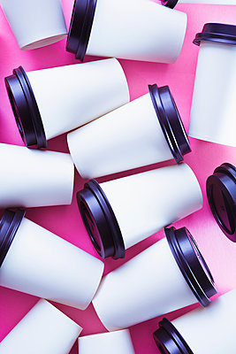Coffee cups - p1149m2089579 by Yvonne Röder