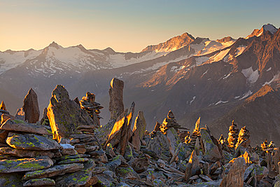 Cairns on summit of PeterskÌŠpfl, Zillertal Alps, Tyrol, Schwaz district, Austria. - p651m2032937 by Diego Cuzzolin