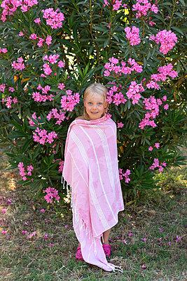 Pink season - p454m2163872 by Lubitz + Dorner