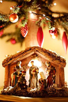 Nativity scene - p728m883286 by Peter Nitsch
