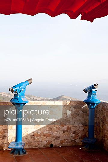 Ausblick auf Afrika - p781m970813 von Angela Franke