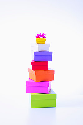 Stacked gifts - p1149m2124836 by Yvonne Röder