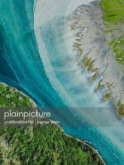 Alaska, Area of a glacial river - p1455m2204766 by Ingmar Wein