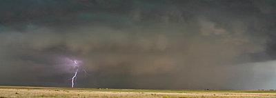 p429m935309 von Jason Persoff Stormdoctor