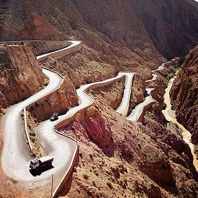 Marokko, Dadestal - p1065m886272 von KNSY Bande