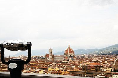 Florence  - p579m2014841 by Yabo